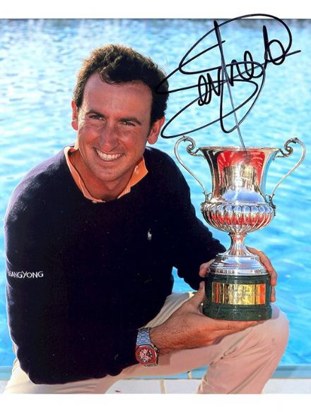 Gonzalo Fernandez-Castano, signed 8x6 inch photo.